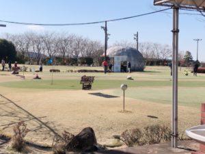 谷養魚場のパターゴルフをやる所
